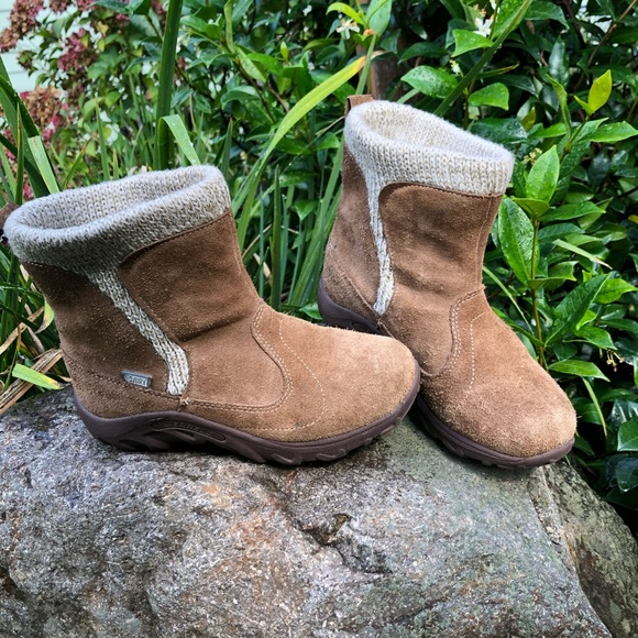 Merrell Other - Merrell Waterproof Boots (little kid 13.5)